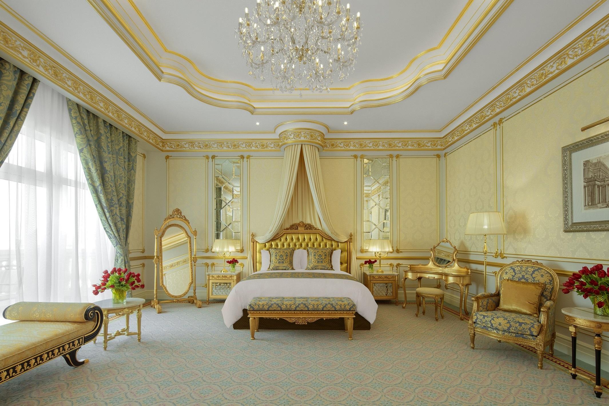 Raffles The Palm Dubai - Royal Suite - Master Bedroom
